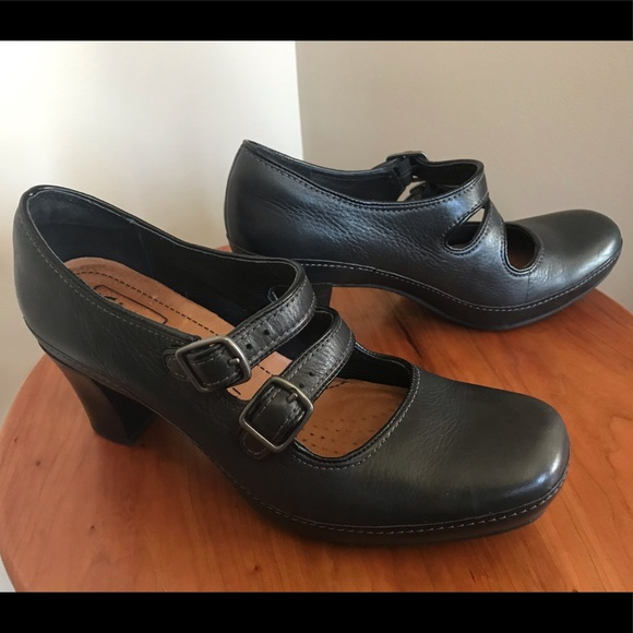 rendimiento confiable linda textura clara Clarks Shoes | Tige De Cuir Leather Two Strap Mary Jane | Poshmark